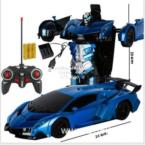 Xe oto điều khiển từ xa biến hình thành robot