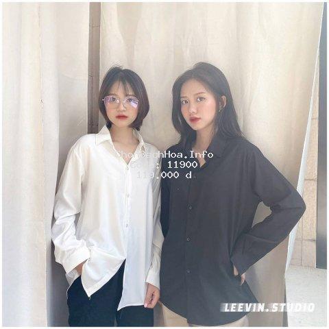 Áo sơ mi dài tay TRƠN Unisex Nam Nữ Trắng và Đen Kiểu áo sơ mi nữ tay dài form rộng suông Leevin Store